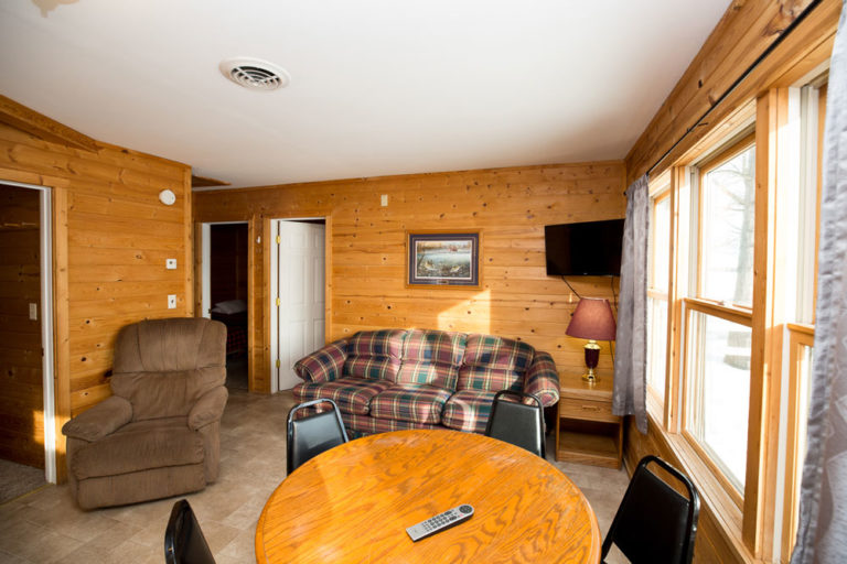 Cabin-1-Lake-of-the-Woods-Fishing-Resort-River-Bend-rbr-54-WEB