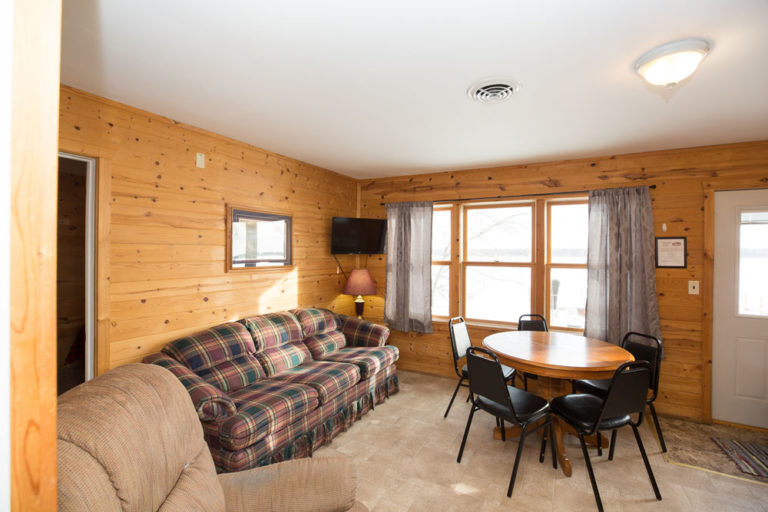 Cabin-1-Lake-of-the-Woods-Fishing-Resort-River-Bend-rbr-58-WEB