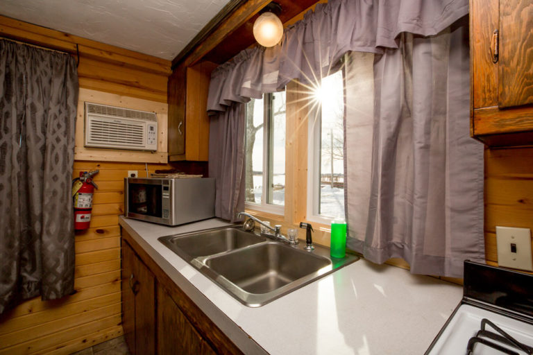 Cabin-2-Lake-of-the-Woods-Fishing-Resort-River-Bend-rbr-91-WEB