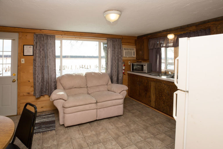 Cabin-2-Lake-of-the-Woods-Fishing-Resort-River-Bend-rbr-96-WEB