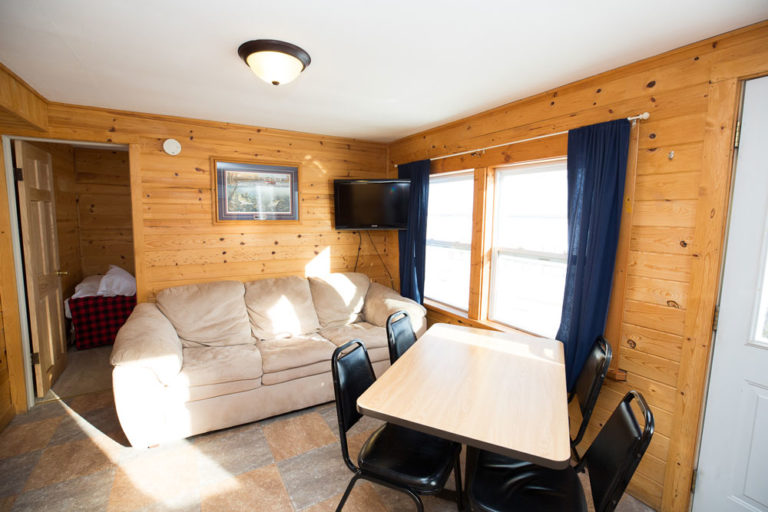 Cabin-3-Lake-of-the-Woods-Fishing-Resort-River-Bend-rbr-138-WEB