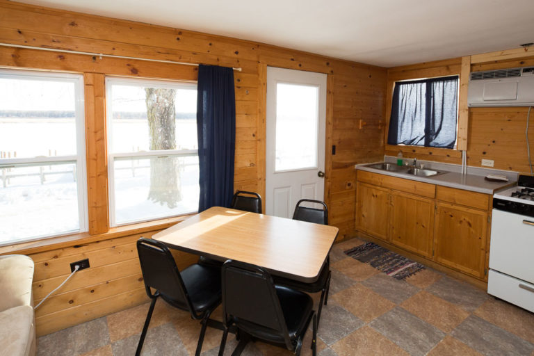 Cabin-5-Lake-of-the-Woods-Fishing-Resort-River-Bend-rbr-143-WEB