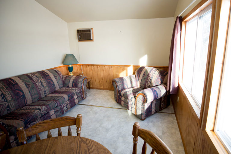 Cabin-6-Lake-of-the-Woods-Fishing-Resort-River-Bend-rbr-153-WEB