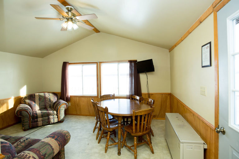 Cabin-6-Lake-of-the-Woods-Fishing-Resort-River-Bend-rbr-164-WEB